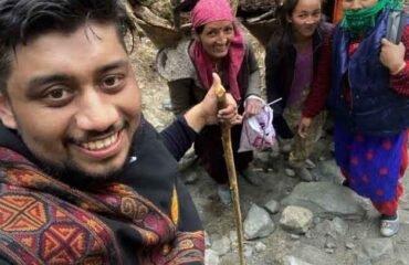 Beautiful-Pahadi-Locals