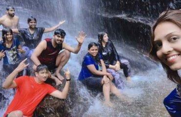 Hidlumane waterfalls enroute trek (1)
