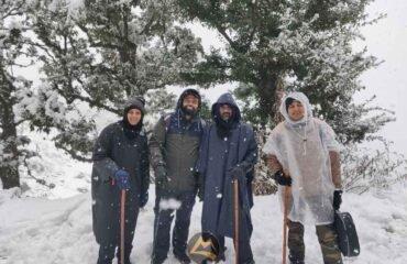 Snow-fall-at-Kedarkantha